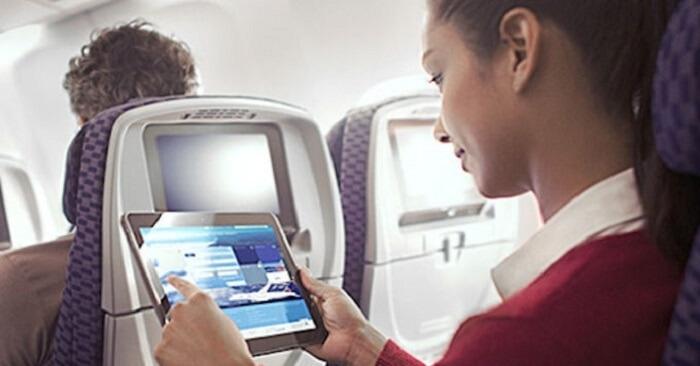 Et si Air France proposait un accès internet à bord permettant à tous ses voyageurs de continuer à travailler ou de jouer en ligne