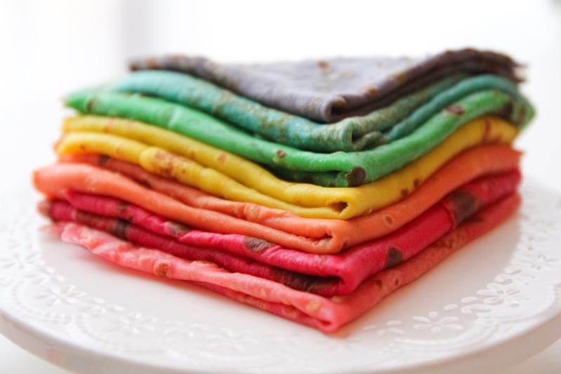 Et si avec Alsa NaturalColor on faisait des crêpes de toutes les couleurs ? des vertes, jaunes, roses, rouges, ou mêmes des multicolores ?