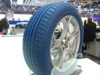 Et si Michelin me permettait de personnaliser la couleur de mes pneus ?