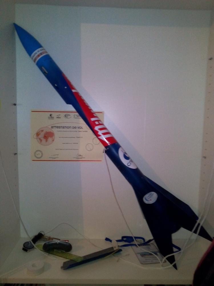 Et si des journalistes se tournait plus vers le C'space (campagne où des jeunes du collèges à des écoles d'ingénieur lance des fusées