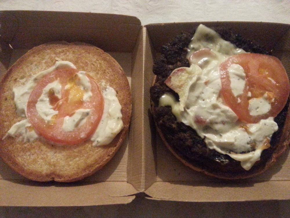 Et si les hamburgers étaient, quand on ouvre la boite, aussi appétissants que sur leurs photos ?