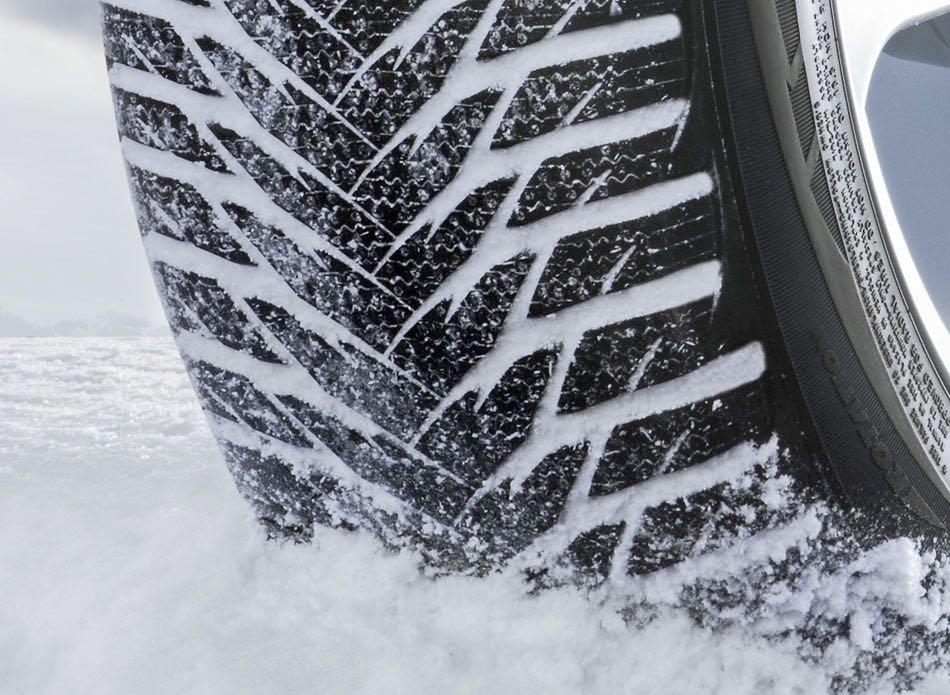 Et si Michelin permettait d'avoir accès à des vidéo test des performances des pneus sous différentes conditions (pluie, neige, terre ...)