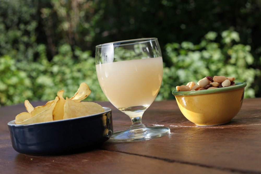 Et si Pernod Ricard proposait des kits apėro en cobranding.
