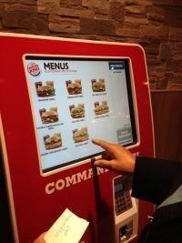 Et si Burger King ajoutait une description qui fait envie de chaque burger quand on commande sur une borne pour bien faire la différence ?