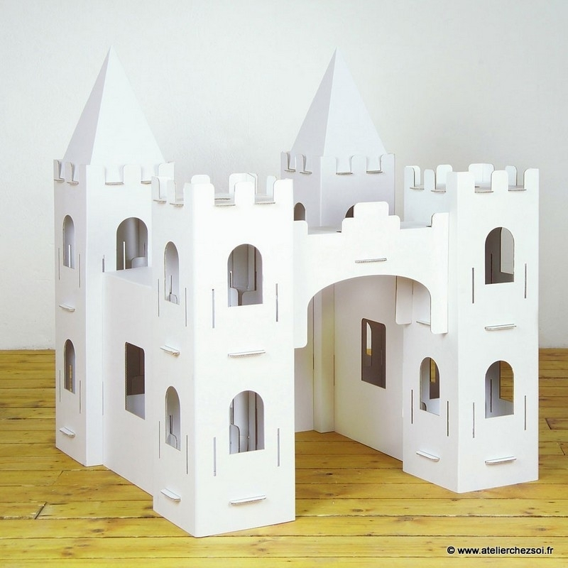 Et si les packagings de Michel et Augustin devenaient, après dégustation, des avions, châteaux ou autres objets-jeux-déco ?