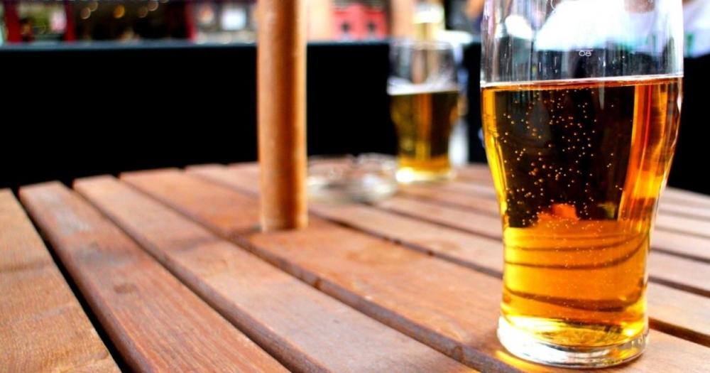 Et si le cidre était aussi présent que la bière dans les bars français ?