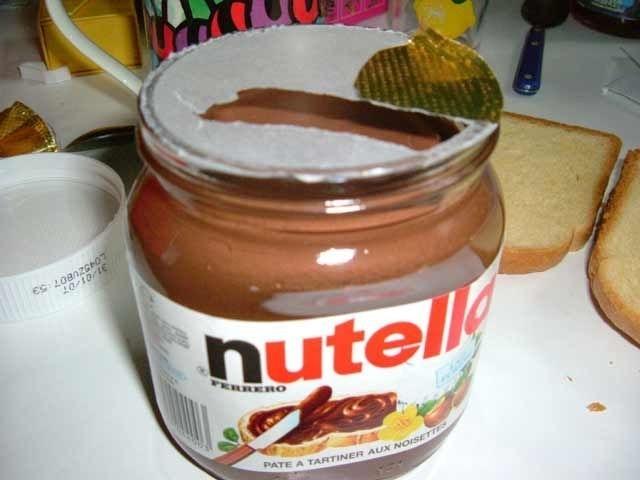 Et si Nutella mettait enfin une languette sur l'infame opercule dorée, qui serait d'ailleurs rendu moins fragile ?