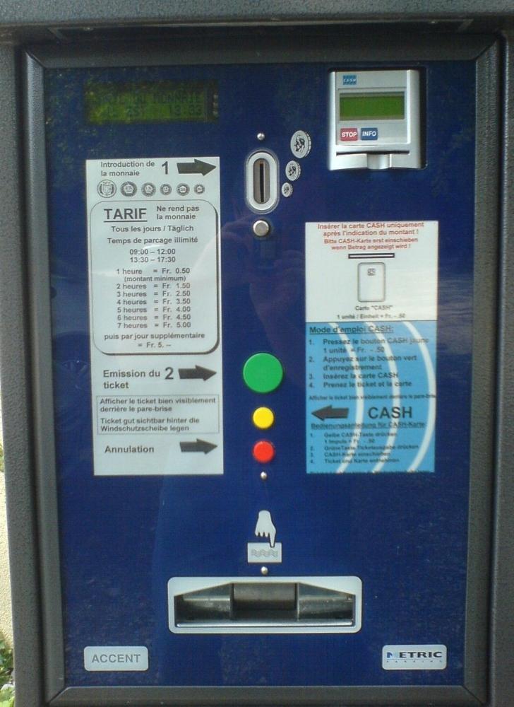 Et si on remplaçait enfin les horodateurs parisiens d'un autre temps pour accéler le paiement du stationnement?