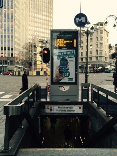 Et si le temps d'attente du métro était disponible directement à l'entrée de la station ? Comme à Bruxelles.