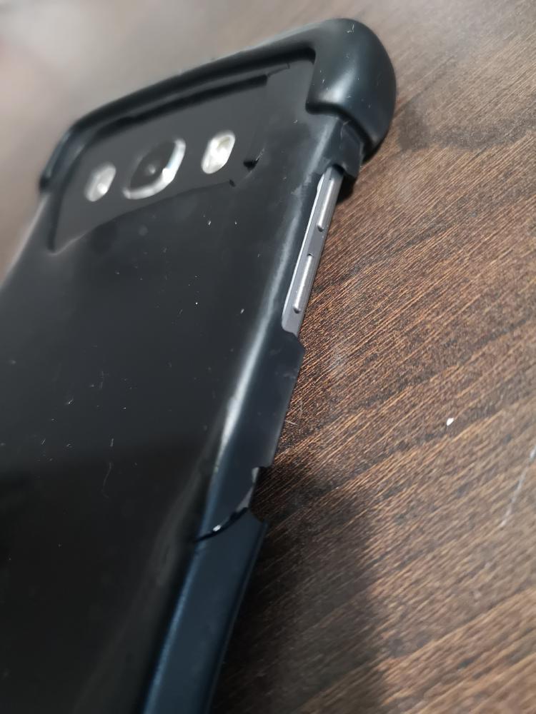 Et si une protection de smartphone ou téléphone avec des pré-découpages selon modèles