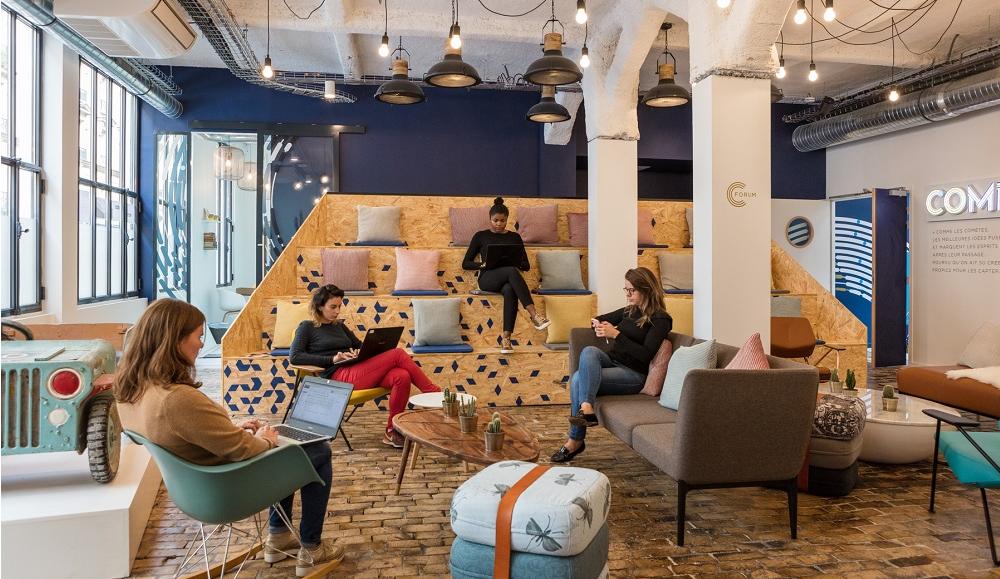 Et si le BHV proposait un espace coworking original/chaleureux où il est sympa de travailler en journée, tout en pouvant prendre des poses pour se restaurer au food court ou faire son shopping dans les autres étages. En ajouter des évènements networking de temps en temps.